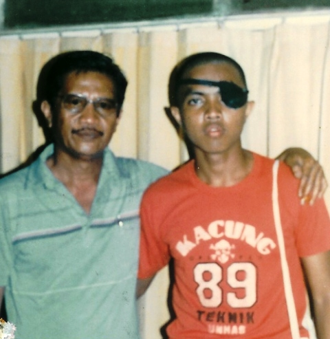 kacung-89-with-papa.jpg